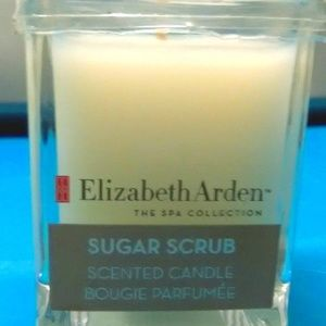Elizabeth Arden TheSPACollection SugarScrub Candle